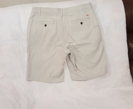 Dockers Flat Front Men's Shorts Size 34 Light Beige  - $16.47