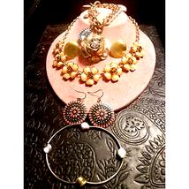 Beautiful Vintage~Goldtone Jewelry Lot - $29.70