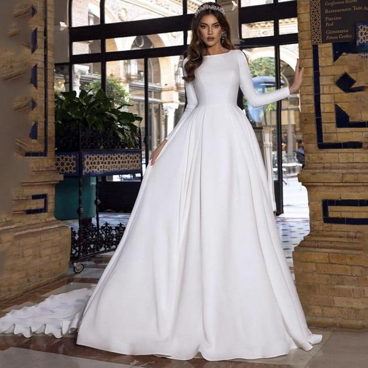 Ine satin wedding dresses lace princess bride dresses long sleeve with romantic buttons backless
