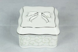 Wedgwood Celestial Platinum Silver Trim Scroll Square White Trinket Box Lidded - $19.79