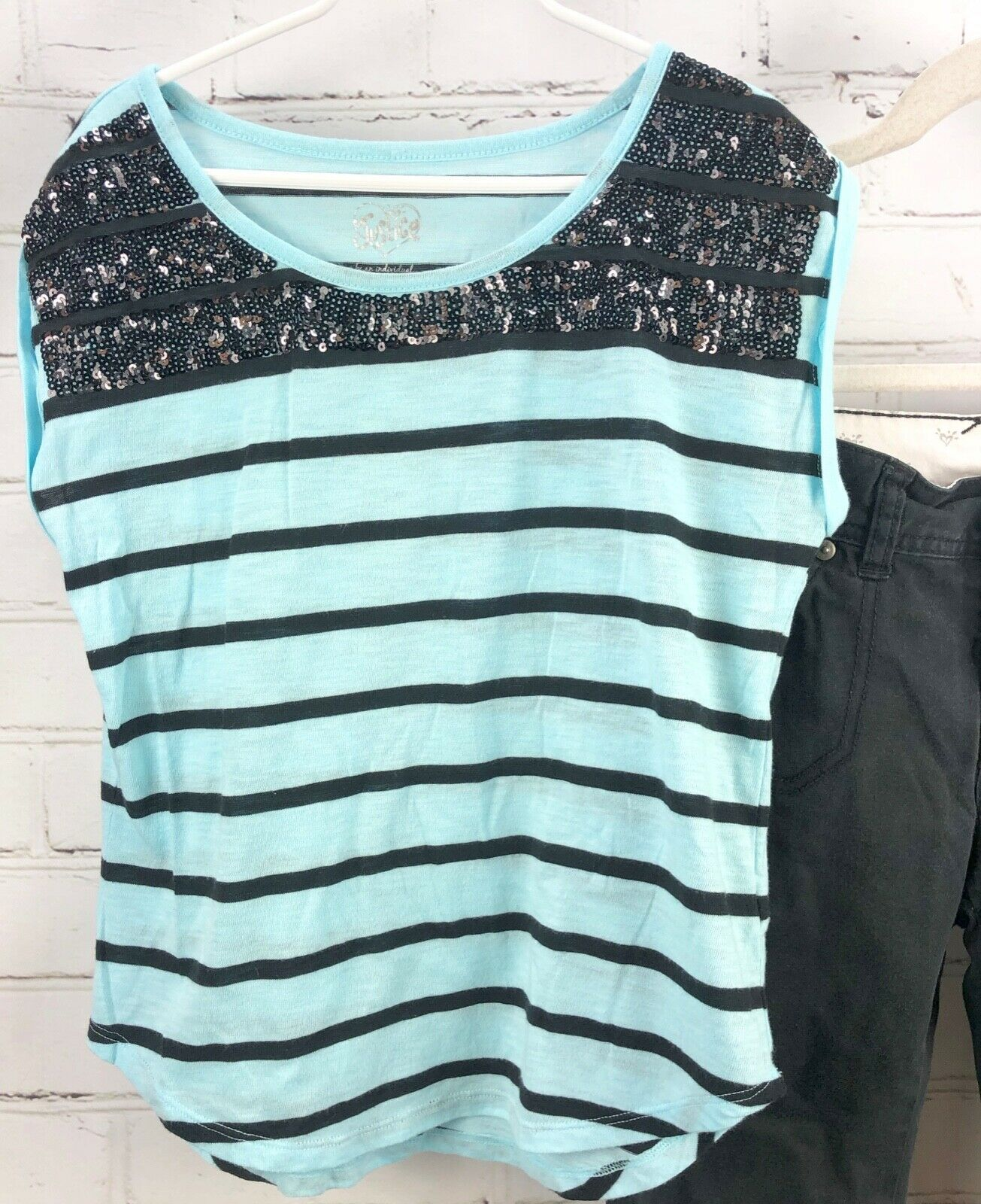 JUSTICE Beaded Stripe Top + Black Capri Pants Girls Size 12 Outfit Set image 2