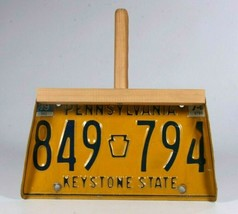 Pennsylvania License Plate 849 -794 Unique Dust Pan With Wood Frame & Ha... - $24.19