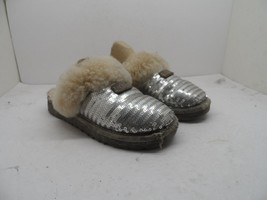 UGG Australia 1005766K  Dazzle Sequin Slippers Silver Youth Size 1M - $21.37