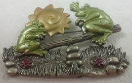 """Vintage Jewelry:2"""" Frogs on a Teter Totter Signed """"DD""""  Broach  2016070809 - $8.90"""