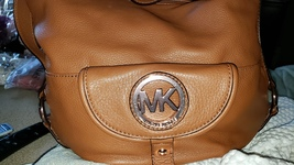 LIKE NEW MICHAEL KORS SHOULDER BAG PURSE EXLARGE 16X11X6 - $165.00