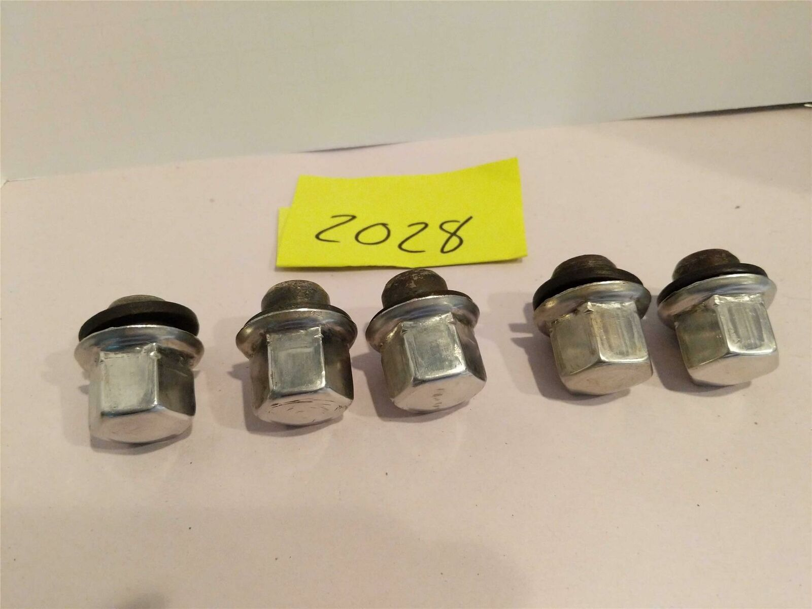 Primary image for Jaguar '95-'03 XJ6 XJ8 CHROME WHEEL LUG NUTS LUGNUTS 5 PC SET Used OEM PART