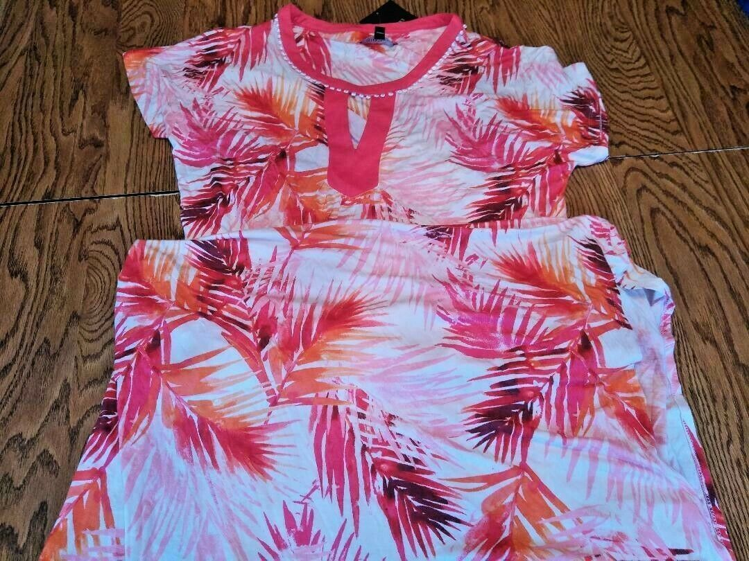 Ellen Tracy White/Pink Beach Cover Up Size S/M