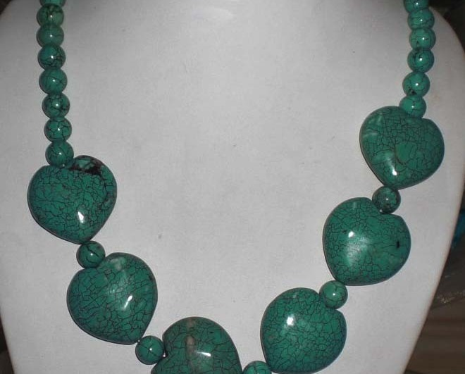 Huge howlite turquoise necklace