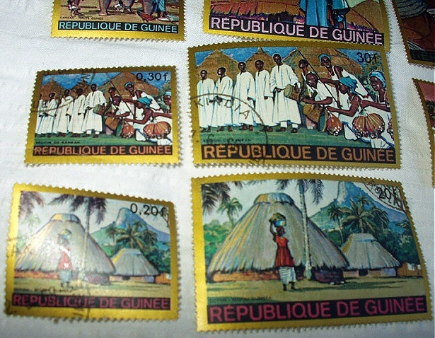 1968 GUINEA -MINT STAMPS,HOMES AND PEOPLE-Never Hinged