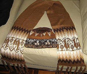 Primary image for Ethnic peruvian scarf and hat made of Alpacawool