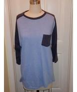 Womens Retro Fit light/navy blue baseball style top size XL - $7.69