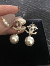 Authentic NEW CHANEL 2018 Classic Crystal CC Logo Pearl Drop Earrings Gold  image 5
