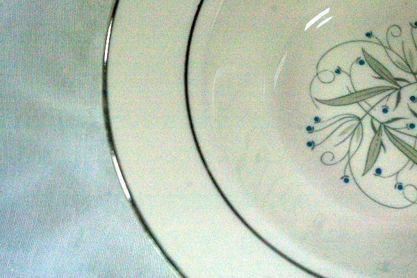 """Homer Laughlin Celeste #B1447 Bread Plate 6 1/4"""" image 2"""