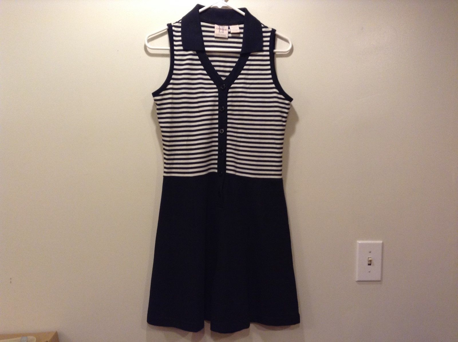LT Casuals by Liz Thomas Navy Blue/White Sleeveless Jumper Sz S