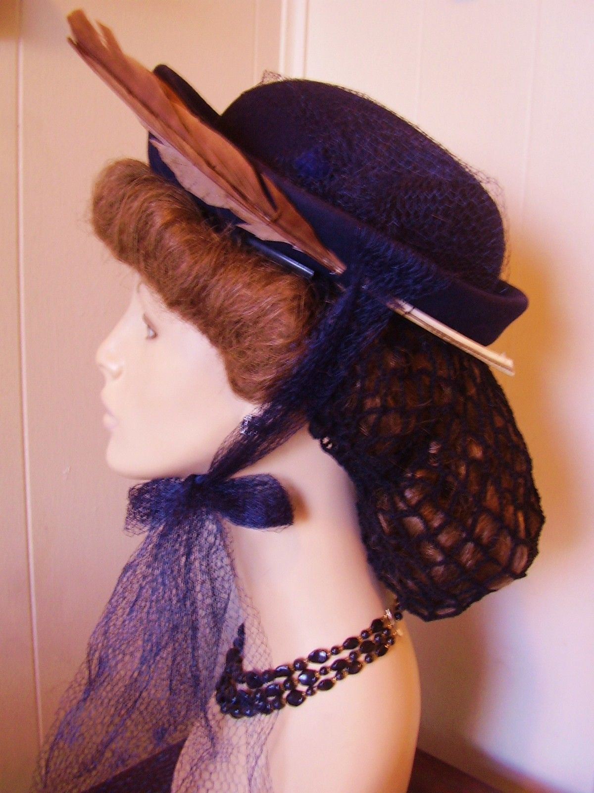 Vtg 30 40s WWII Hat  Navy Blue Wool Up Brim Feather Long French Netting