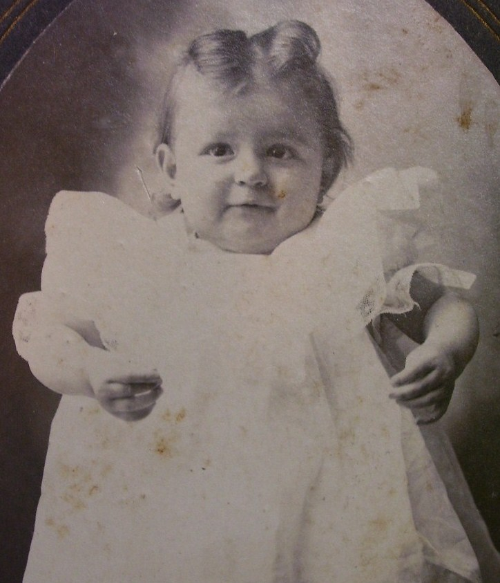 Cabinet Card Living Doll Cute Baby Girl Oval Frame c.1880-90