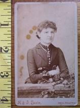 CDV Carte De Viste Photo Pretty Lady St. Louis! c.1859-80 - $2.40