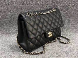AUTHENTIC Chanel Quilted Lambskin Classic Medium Black Double Flap Bag GHW image 3
