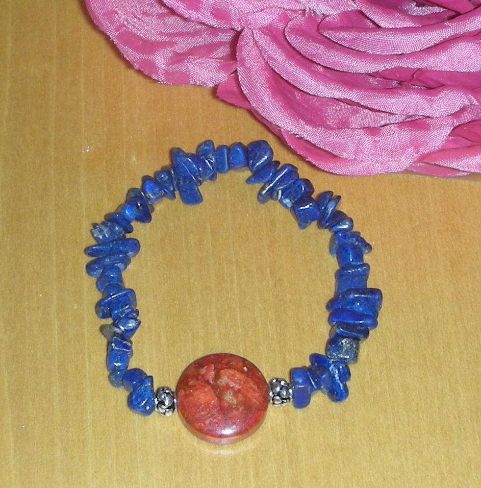 BEAUTIFUL GENUINE LAPIS LAZULI AND CORAL NECKLACE W/MATCHING