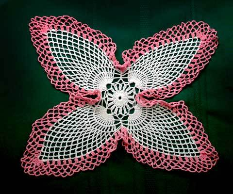 Doily white pink point