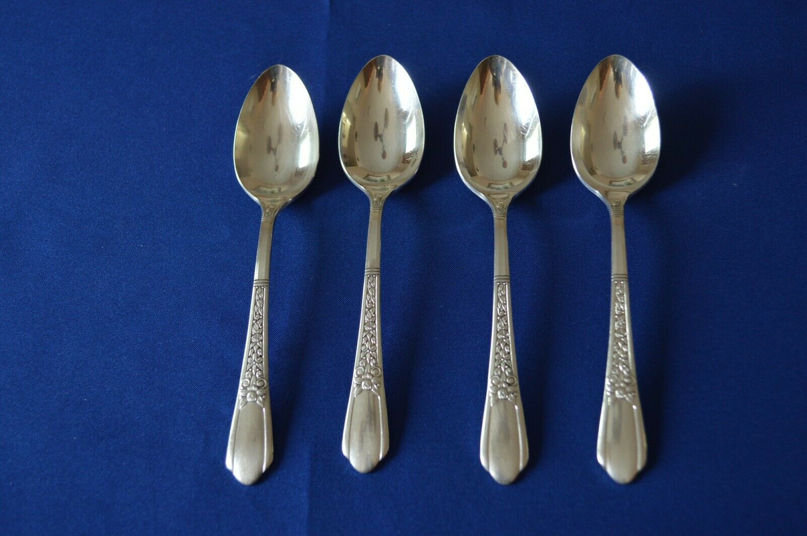 Primary image for Simeon & George Rogers Floral 1938 Set of 4 Teaspoons