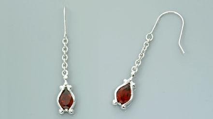 Pear cut garnet dangling earrings sterling silver