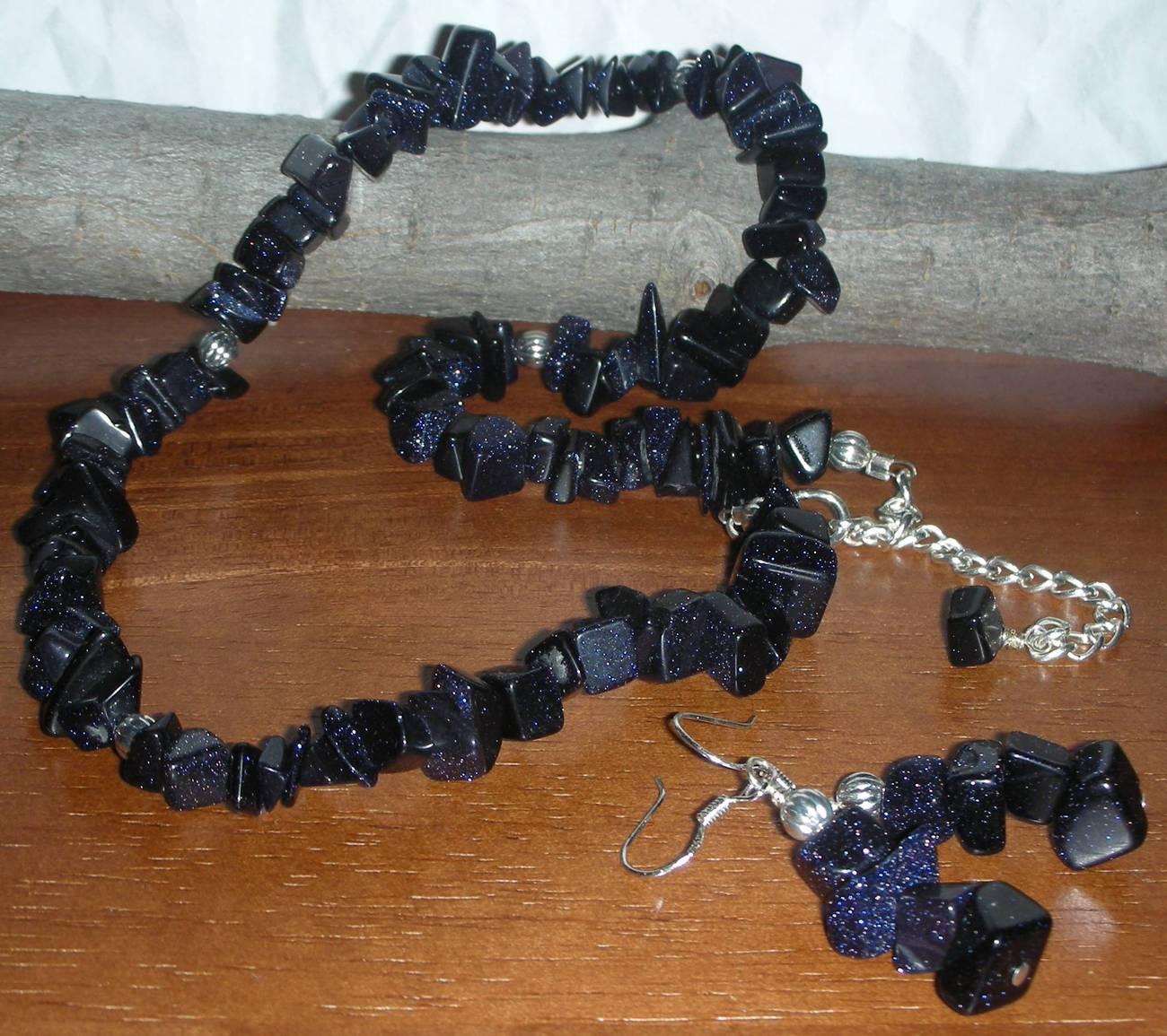 Sunsitara chip necklace