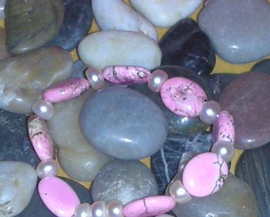 GORGEOUS PINK TURQUOISE AND FRESH WATER BEADS BRACELET