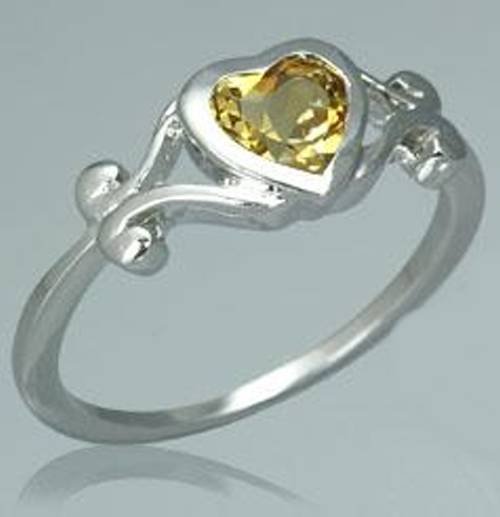 Sterling Silver .75ctw Heart Cut Citrine Ring