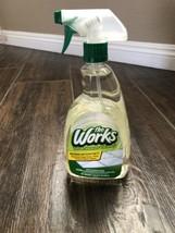The Works Tub and Shower Cleaner 1 Quart 32 Oz Spray Cleanser HTF - $26.68
