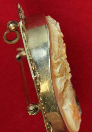 Vintage Victorian/Edwardian shell cameo brooch 14k gold W / Diamond 10.3grams