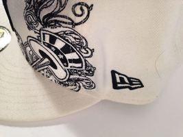 """NEW YORK YANKEES New Era 59Fifty Fitted WHITE Hat 7 3/4"""" *EUC* *FREE SHIP* image 4"""