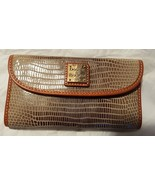 NWT Dooney & Bourke Taupe Leather Textured Continental Clutch Wallet - $89.99