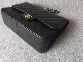 AUTHENTIC NEW CHANEL BLACK CAVIAR QUILTED JUMBO DOUBLE FLAP BAG GOLD HARDWARE image 5