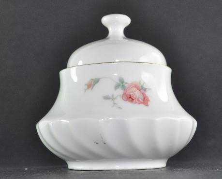 Schwarzenhammer Bavaria Porcelain Sugar Bowl Pink Roses gold trim