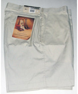 Vintage HAGGAR Men's Tan Bermuda/Walking Shorts Size 34 NWT - $14.99