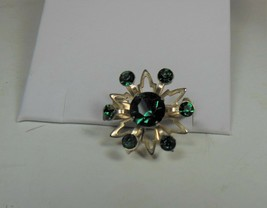 Vintage Gold Tone & Green Rhinestone Pin Brooch - $12.86