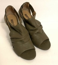 Kenneth Cole Reaction Gray Brown Cube Top Heels Womens Size 7.5 M EUC - $23.00