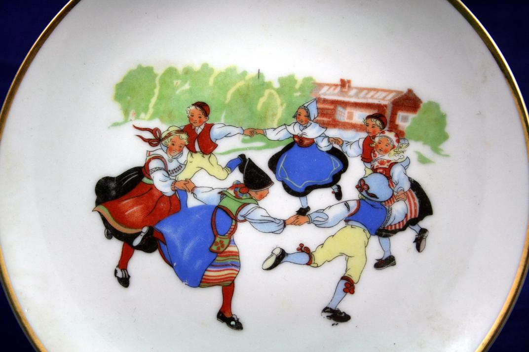 Norway or Scandanavian Children Circle Dancing Plate