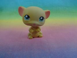 Littlest Pet Shop Tiny Yellow Mouse Aqua Blue / Green Eyes #448 - $2.92