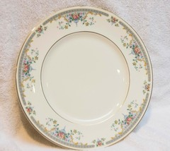 Royal Doulton The Romance Collection Dinner Plate JULIET 1981 Made in England - $12.93