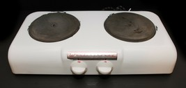 Vintage Westinghouse Portable Electric Stove White Enamel 2 Burner Hot P... - $54.45