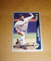 1995 Upper Deck, Fernando Valenzuela, Silver Signature Baseball Card - $0.75
