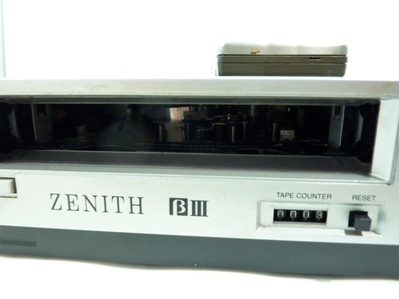 Vintage Zenith VR8510 Betamax Player Recorder for Parts