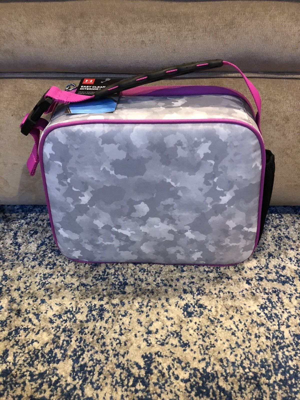 Girls Under Armour Insulated Lunch Box Tote and 50 similar items 62b5b2ccd8b11