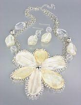 CHUNKY Clear Creme Silver Metallic Lucite Flower Bib Drape Chains Neckla... - $19.99