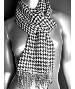 CLASSIC Black White Houndstooth Hounds Tooth CASHMERE TOUCH 100% Acrylic... - $15.99