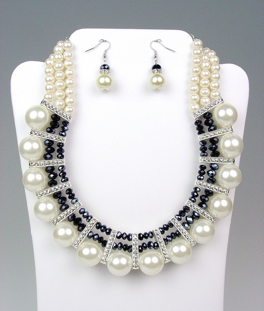 Primary image for ELEGANT Dressy Creme Pearls Black Crystals Bridal Drape Necklace Earrings Set