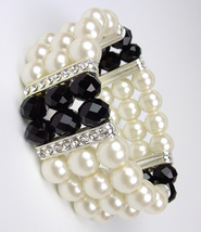 Elegant Boutique Creme Pearls Black Crystals Stretch Bracelet - €13,99 EUR