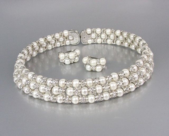 Primary image for LUXURIOUS Off White Pearls CZ Crystals Choker Necklace Set Bridal Wedding